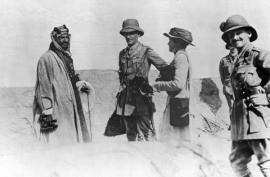 Gertrude Bell with Sir Percy Cox in Mesopotamia, 1917
